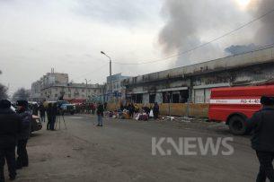 Пожар на Ошском рынке локализован — МЧС