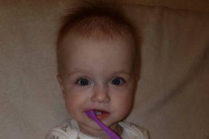 Маленькой Афродите-Селене нужна помощь, поможем малышке сделать первые шаги