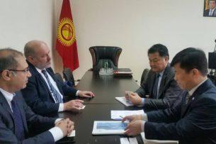 В Бишкеке начались переговоры по строительству нового корпуса городской больницы №1