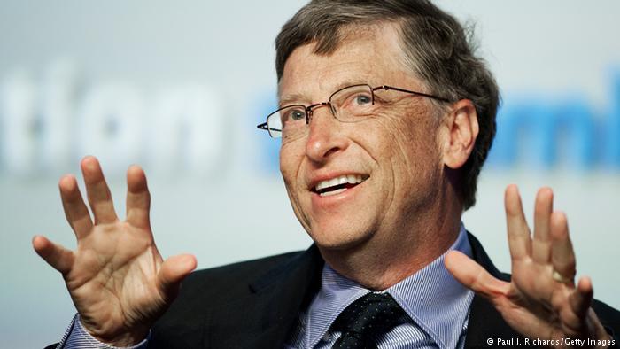 Билл Гейтс считает, что власти США требуют снего очень недостаточно налогов