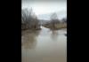 Очевидец: Дорогу в селе Тоголок Молдо Нарынской области полностью затопило