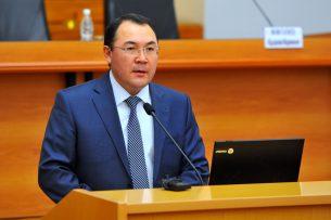 Сапар Исаков направил представление об увольнении рукаппарата правительства