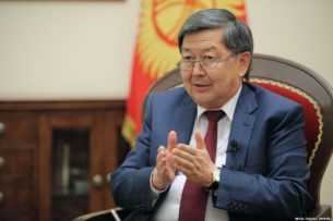 Экс-премьер Сатыбалдиев: Китай выдал ТЭЦ Бишкека кредит вместе с подрядчиком