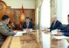 Сооронбай Жээнбеков принял председателя Государственной пограничной службы Уларбека Шаршеева