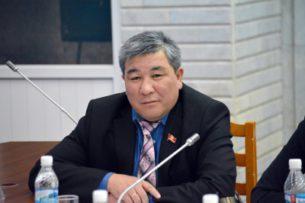 Депутата Рыскелди Момбекова вызвали на допрос в МВД