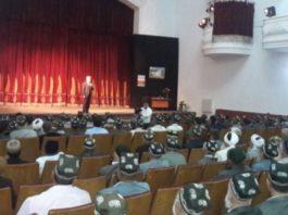 В Таджикистане священнослужителей обязали посетить театр