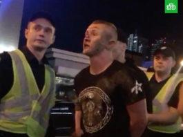 В Киеве стульями избили фанатов «Ливерпуля»