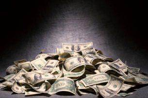 Есть ли заработок после смерти? Самые богатые умершие знаменитости