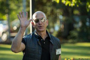Джефф Безос разбогател на $13 млрд за 15 минут и снова стал самым богатым человеком в мире