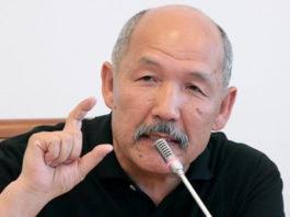 Ишенбай Кадырбеков: Правительство замалчивает тему Кумтора от народа