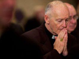 Доклад: католические священники в США растлили тысячи детей