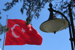 Турецкая армия готова поддержать Азербайджан в конфликте с Арменией — министр обороны Турции