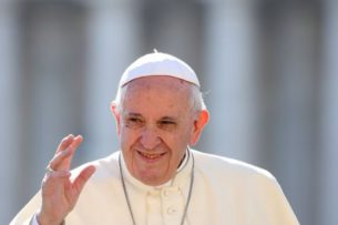Лукашенко направил послание Папе Римскому