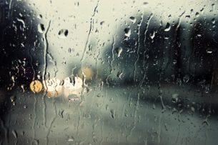 В Чолпон-Ате прошел дождь, переходящий в снег. Метеорологи прогнозируют осадки по всей республике
