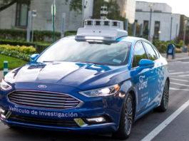 Владельцы смартфонов смогут управлять автомобилями