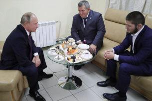Владимир Путин пообещал, что отец Хабиба получит лучшее лечение