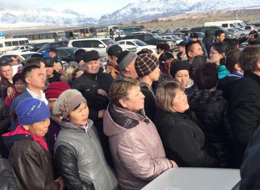 Казахстан приостановил действие безвизового режима для транзитных пассажиров из Китая. Закрыт «Хоргос» и ряд КПП на границе с КНР