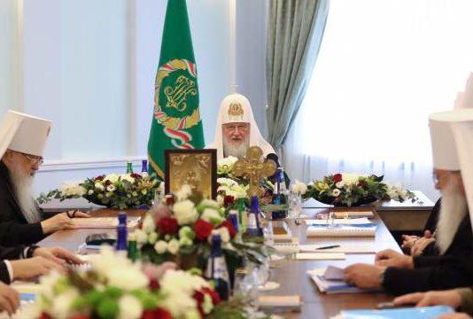 Решение Синода РПЦ о разрыве отношения с Константинопольским патриархатом распространяется и на православных Кыргызстана