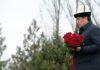 Сооронбай Жээнбеков почтил память предков в комплексе «Ата-Бейит»