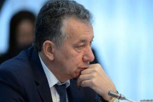 Прокурор зачитал обвинительный акт Фарида Ниязова