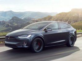 Работу автопилота Tesla показали в необычном виде