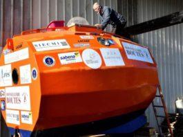 71-летний француз отправился в бочке через Атлантический океан