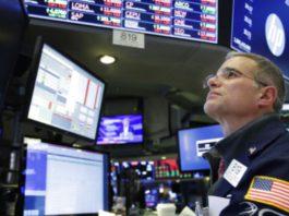 Обвал на рынках из-за сомнений в перспективах торговли между США и Китаем