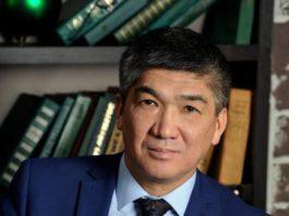 Эмир Чукуев ушел с поста председателя правления аэропорта «Манас» по собственному желанию