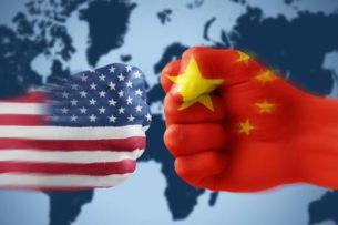 США пообещали защитить Японию от Китая ядерным оружием