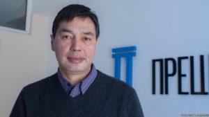 Юристы подали в суд на спикера Дастанбека Джумабекова за нарушение регламента ЖК