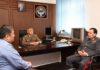 Глава МВД Джунушалиев представил личному составу командующего внутренними войсками