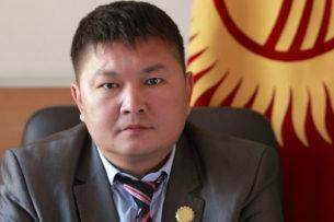 Члена ЦИК Кайрата Осмоналиева все-таки вызовут на допрос из-за репоста
