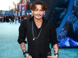 Кинокомпания Universal уволила Джонни Деппа