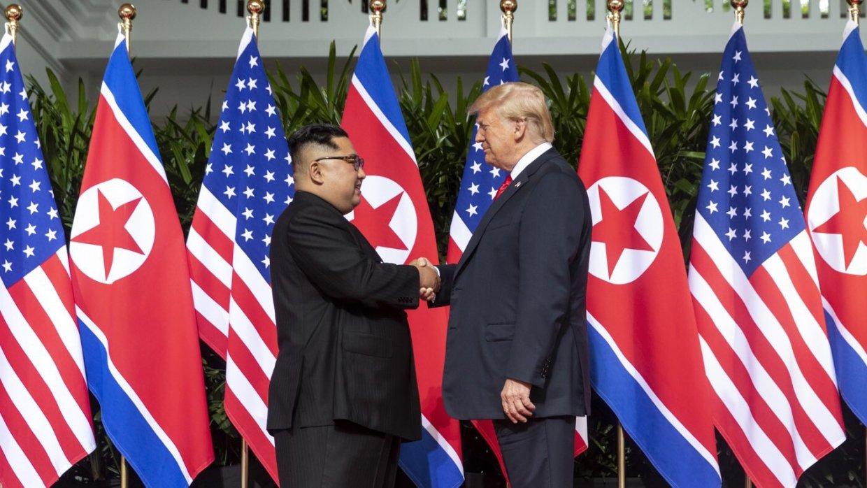 Трамп решил снять санкции сКНДР изсимпатии кКим Чен Ыну