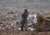 В Узбекистане 60 бездомных трудоустроены на мусорные свалки с зарплатой $60-$70
