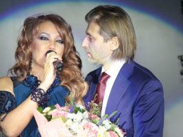 Певица Азиза в 55 лет впервые выходит замуж