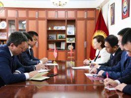 Китай рассмотрит возможность строительства фитосанитарной лаборатории в Кыргызстане