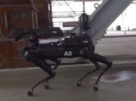 Посмотрите, как стая роботизированных собак SpotMini от Boston Dynamics буксирует грузовик
