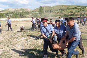 МВД Кыргызстана о событиях в селе Орок: 24 из 31 задержанных отпущены, продолжается патрулирование, проводится разъяснительная работа