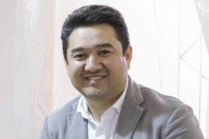 Калмаматов: Жапаров хочет прописать в Конституции систему правления Жээнбекова
