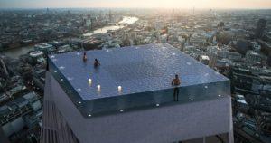 В Лондоне создали первый «бесконечный» бассейн На крыше небоскреба появится бассейн с видом на город в 360 градусов. Для подъема установят специальный подводный лифт.