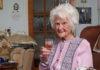 Умерла 112-летняя британка, выпивавшая по глотку виски каждый вечер с пятидесяти лет