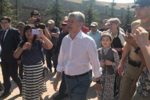 Алмазбек Атамбаев  рассказал о причинах своей голодовки сотрудникам Наццентра по предупреждению пыток