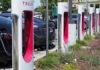 Сингапур против Илона Маска: государство предпочло автобусы и поезда электромобилям Tesla