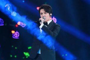 Китай его поднял, вот он без него и не может: как фанаты Димаша восприняли первую его песню на китайском языке