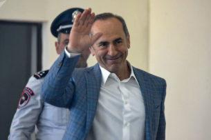 Экс-президент Армении Кочарян подал в суд на премьера Пашиняна