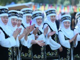 Женщины Кыргызстана уделяют ведению домашнего хозяйства более 4 часов. Мужчины в четыре раза меньше