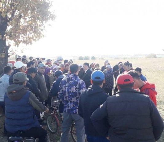 Около ста человек попытались захватить землю в жилмассиве «Калыс-Ордо» Бишкека