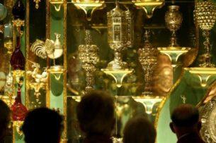 Ограбление века. Воры похитили бесценные бриллианты из сокровищницы Дрездена.