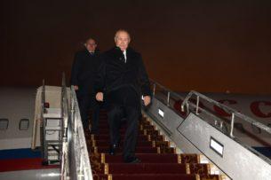 СМИ: Самолет Путина садился в Бишкеке «вслепую», борт Шойгу из-за сильнейшего тумана приземлился в Алматы